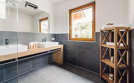 """Alpenzeit """"Herzstück"""" - bathroom"""